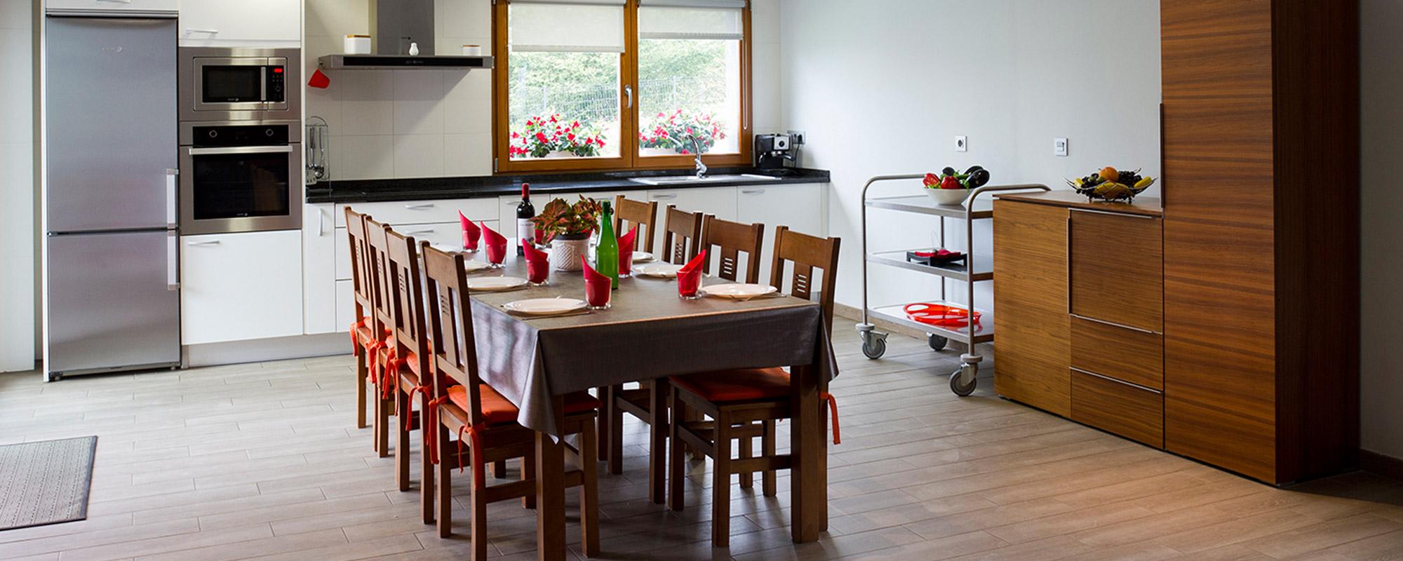 apartamento1-casa-rural-teileri-cocina